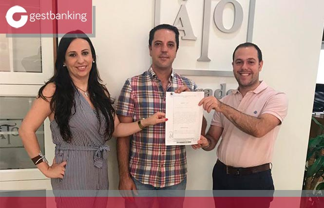 Juzgado Valverde anula sendas cláusulas suelo en contrato préstamo hipotecario y novación