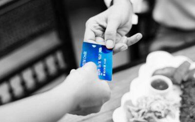 Las entidades bancarias afrontan miles de demandas por aplicar intereses abusivos con las tarjetas revolving
