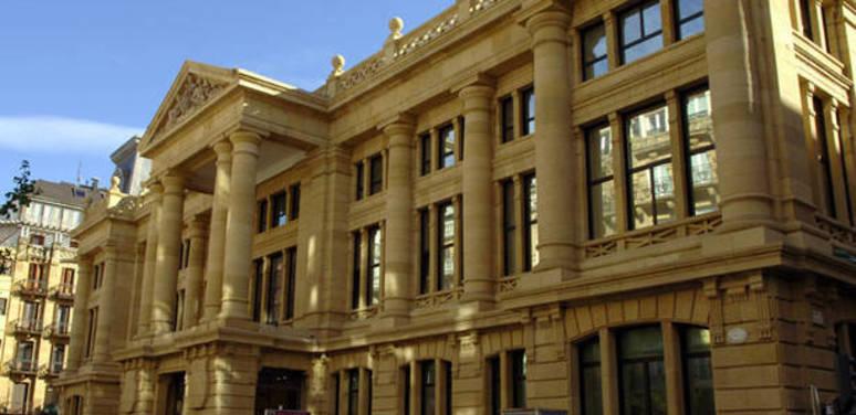 Según AP Guipúzcoa, el préstamo hipotecario puede sobrevivir sin la cláusula de vencimiento anticipado